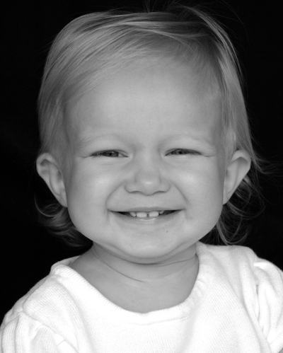 Ash_all_smiles_8x10_bw