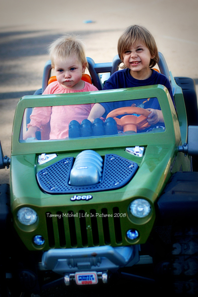 Jeep_sam_and_quin_web