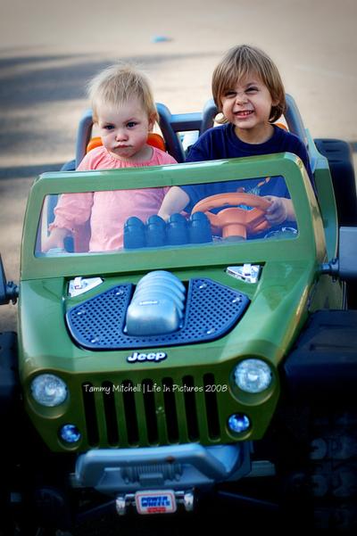 Jeep_sam_and_quin_web